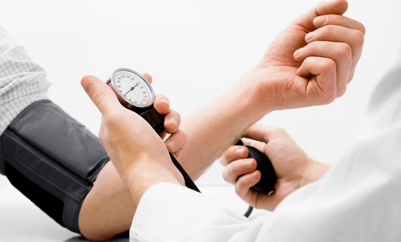Dr Testing Blood Pressure